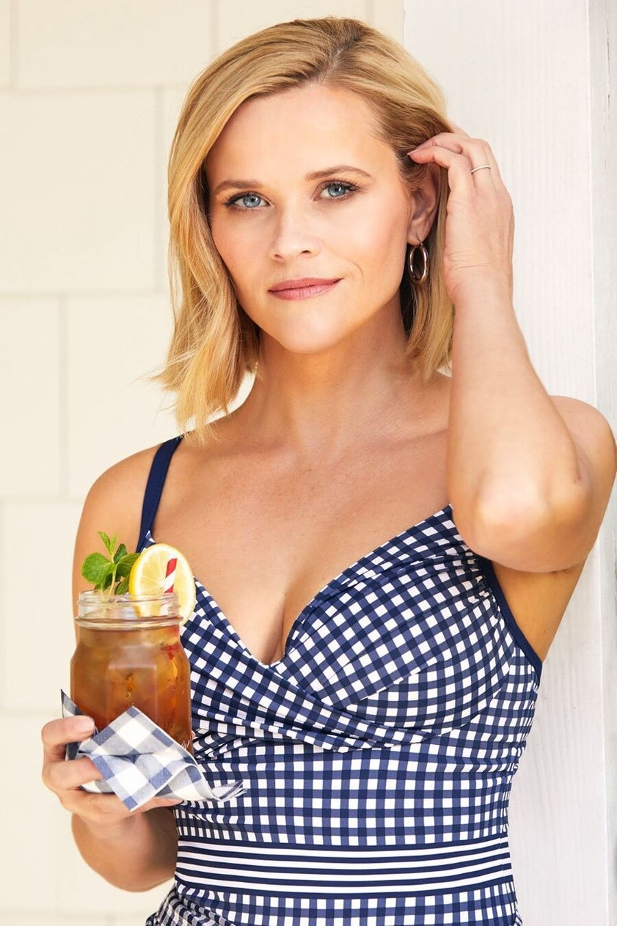 reese-witherspoon-blue-gingham-dress.jpg