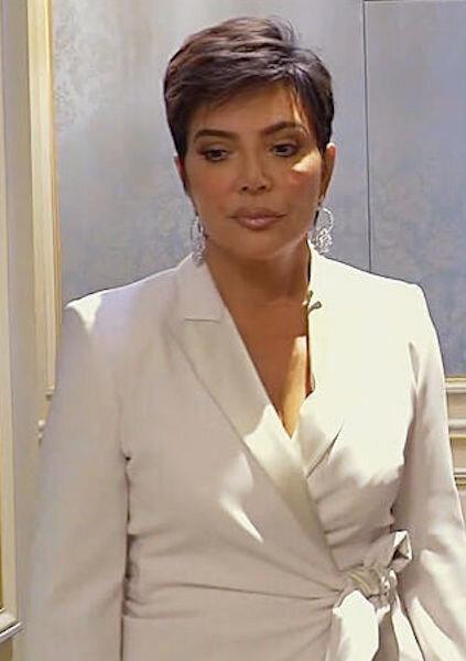 Max-Mara-tie-waist-blazer-Kris-Jenner-Keeping-up-with-the-kardashians.jpg