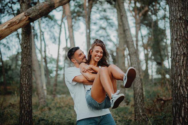 Wieder ein Wochenende mit zwei Hochzeiten und heute noch ein Traumhaftes Fotoshooting mit @miss.maryjane_ und @tilo_kaiser 🥰... vielen lieben Dank an euch zwei. Es war einfach toll mit euch!  #pärchenshooting #fotoshooting #fotografie #liebe #love #zeitzuzweit #sunset #hugme #sonntagabend #fotografiebehmenburg #weddingphotographer #couplegoals #couple #qualitytime #timetogether #fotografenmeisterin #summer #nrw #germany #coupleshooting #adventurelover #adventurelovestories