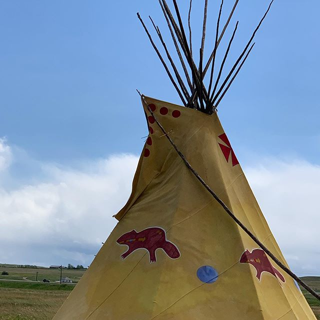 Interested in Native culture? Join us for your own unique cultural Blackfeet experience. #nativeculture #nativeamericans #nativeamericanculture #nativeamericanpride