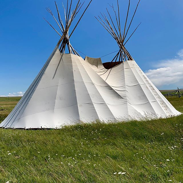 Ever see a tipi lodge like this? Join us for your own unique cultural Blackfeet experience. #nativeculture #nativeamericans #nativeamericanculture #nativeamericanpride