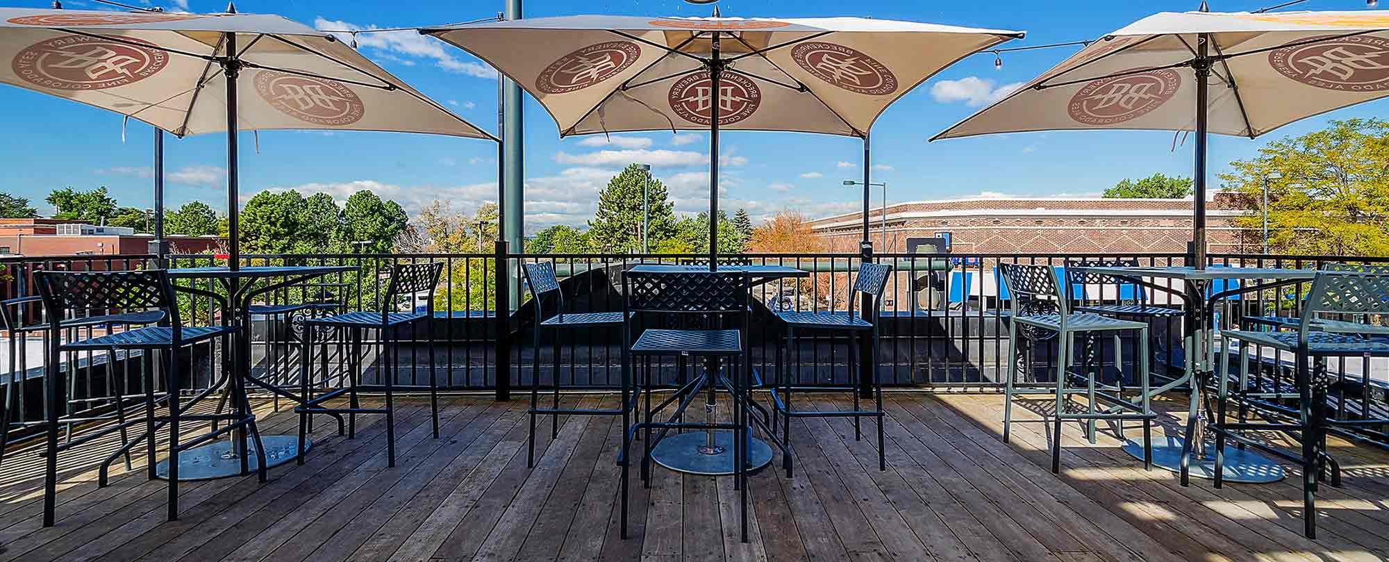 pub-patio2.jpg