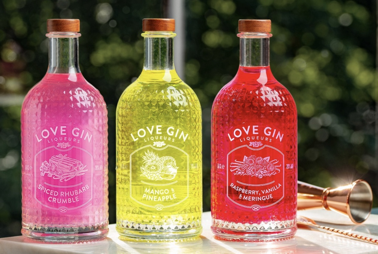 TASTINGS: Pride x Eden Mill Gin Tasting - Join us at Apex City Quay Hotel on Friday 20 September for a ginspirational night of cocktails to celebrate Pride in collaboration with Eden Mill 🍹Help us raise money for Dundee Pride and indulge in skilfully shaken gin creations in the process. Steve from Eden Mill will take you through three exciting cocktails paired with tasty nibbles and a portion of the money raised will go to Pride 🏳️‍🌈Cocktail shakers at the ready! We can't think of a better way to spend a Friday night.WHEN: Friday 20th September at 20:00WHERE: Apex City Quay HotelTICKETS: £15 Click here to buy