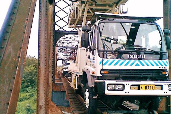 Sheridan-Road-Rail-Truck-1.jpg