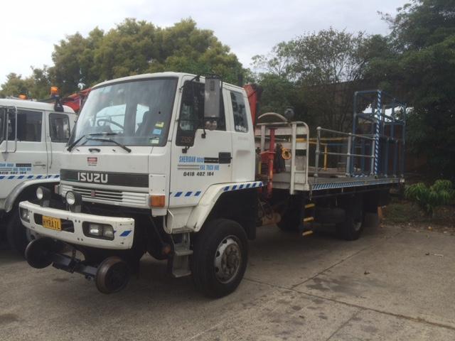 HYRAIL-FTS700-Isuzu-Hirail_Crane-Truck-1.jpg