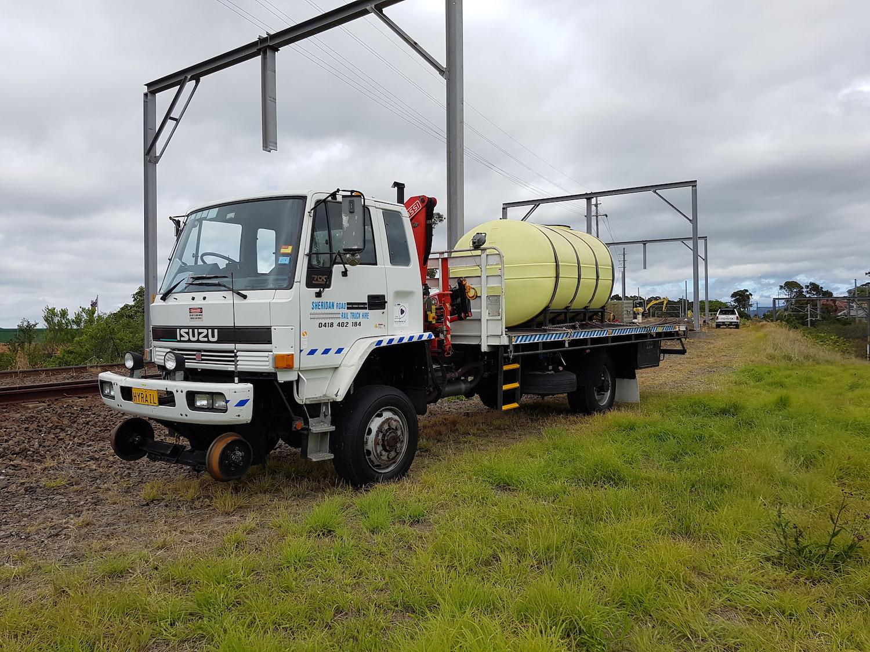 HYRAIL-FTS700-Isuzu-Hirail_Crane-Truck-8.jpg