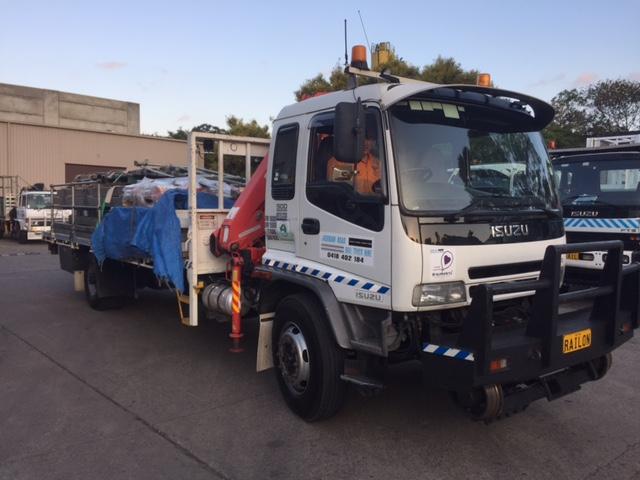 RAILON-Hirail-Crane-Truck-Isuzu-FVR13-12.jpg