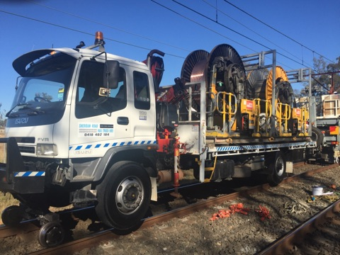 RAILON-Hirail-Crane-Truck-Isuzu-FVR13-21.jpg