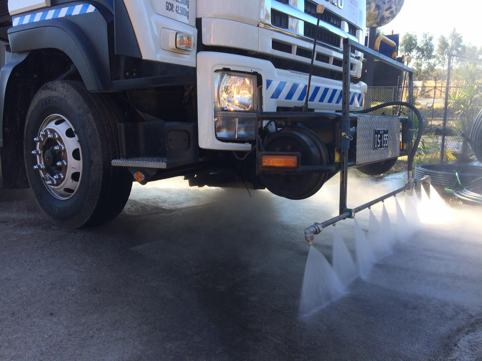 IBLAST-Isuzu-Hirail-Water-Blaster-10000L-Tipper-Tow-Truck-12.jpeg