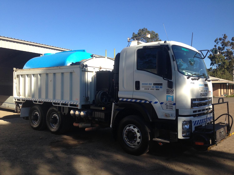IBLAST-Isuzu-Hirail-Water-Blaster-10000L-Tipper-Tow-Truck-16.jpeg