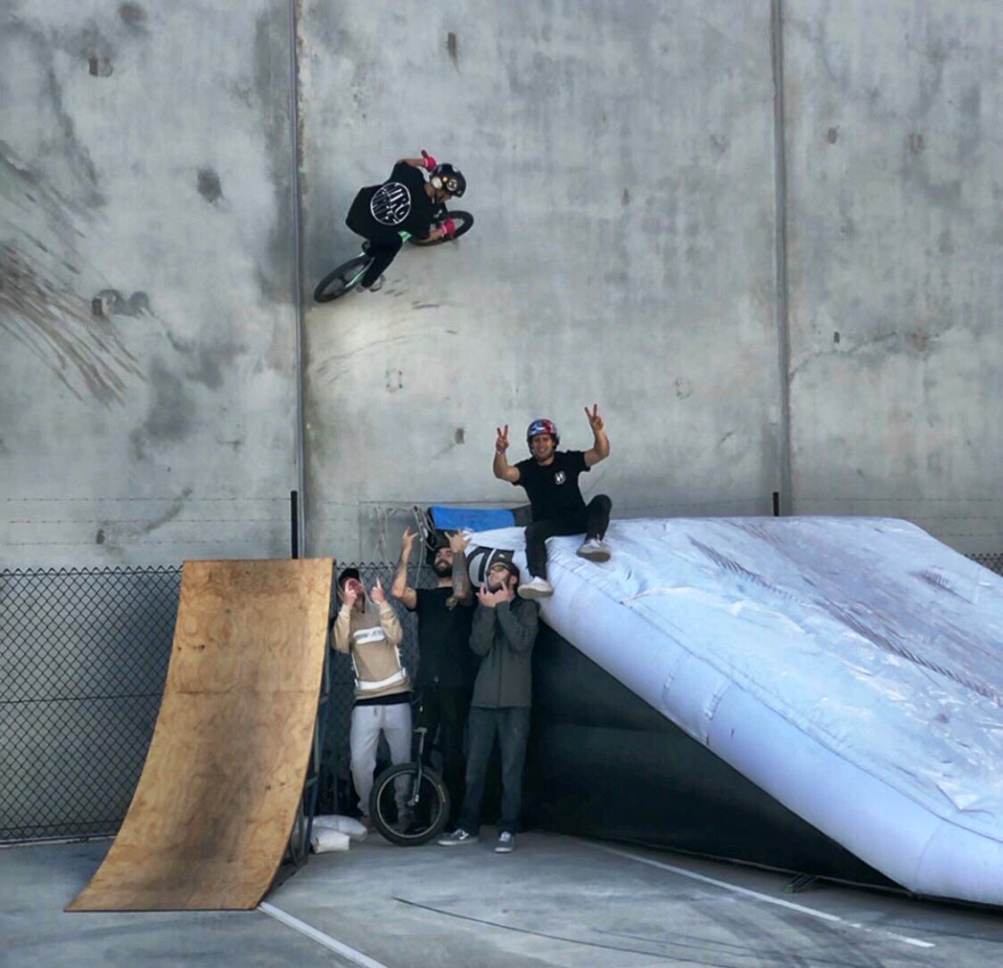 bmx-lander-ramp-wall-ride-01.jpg