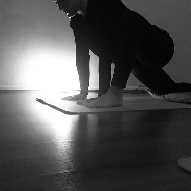 """Reflections from the mat... Recently I asked some of my trauma sensitive yoga students, what does your yoga practice mean to you? . . """"I've started a regular practice over the past few months and yoga has been my saving grace. Its provided me with purpose and an opportunity to refocus, away from anxiety and stress. Its been a pathway back to safety and trust within my mind and my body"""" - Yoga for Healing student 💛 . . . #traumasensitiveyoga #traumainformedyoga #yogaforhealing #yoga #theinnernest"""