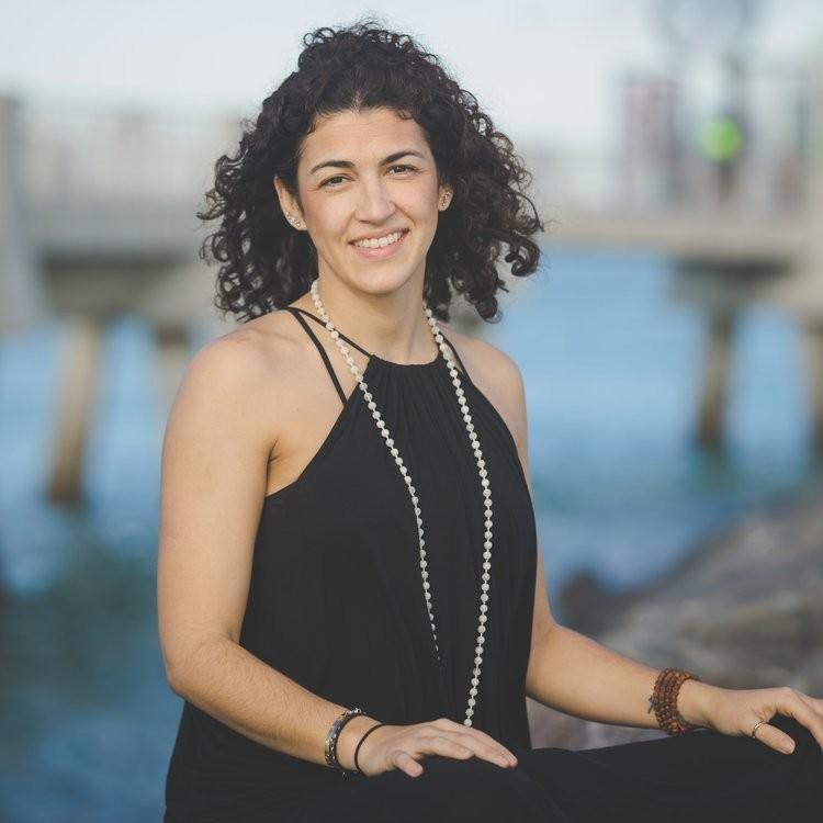 Marianna Lopez    www.WanderNotLost.com    @shewandersnotlost