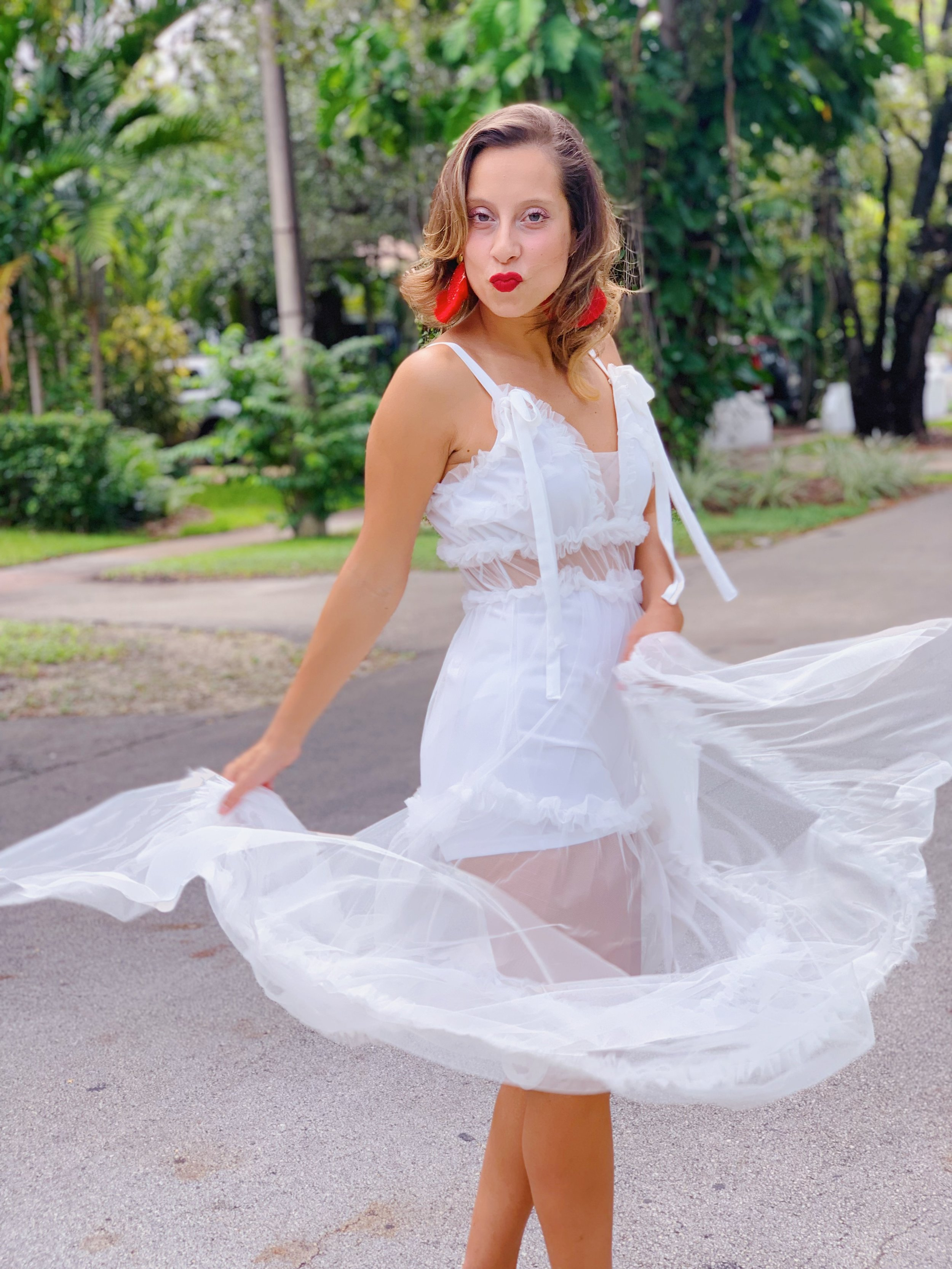 Gelsandra Guzman  Fashion Consultant   @gelsandra_guzman