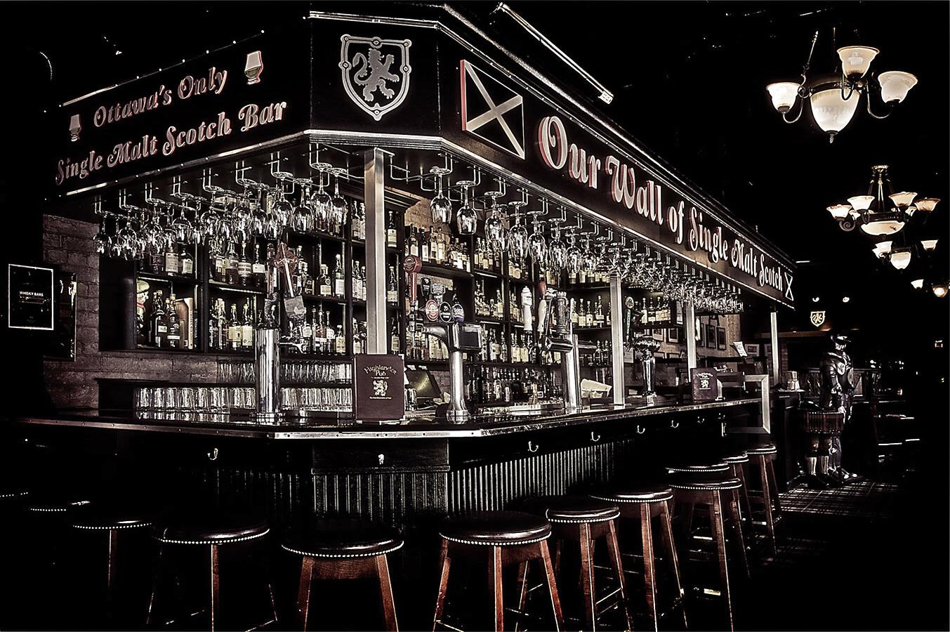 The Highlander Pub Ottawa Whisky Bar