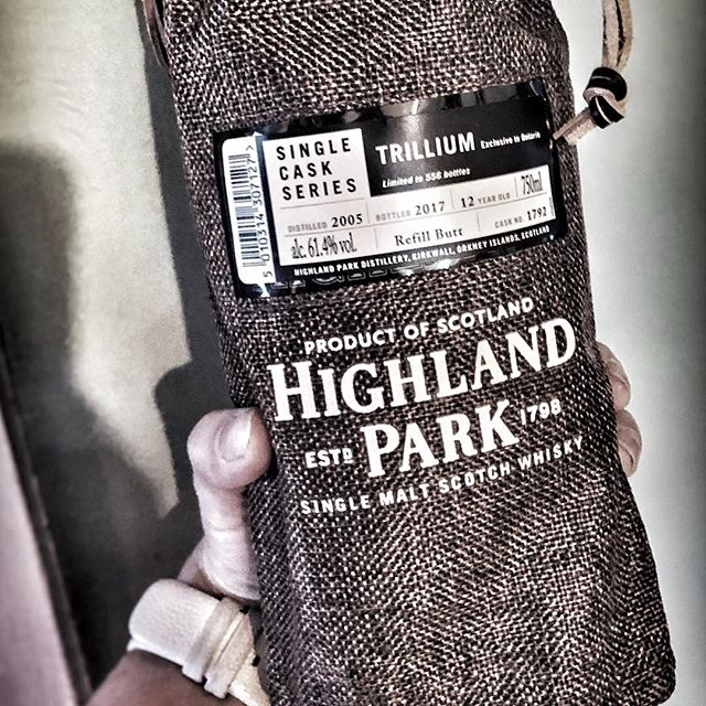 Last call! We still have a few spots left for our @highlandparkofficial tasting tomorrow (Sunday April 21!) with @cambassador! Hit the link in our bio to RSVP. We will be tasting the Highland Park Single Cask Trillium, an exclusive to Ontario - & one of only 556 bottles. Oh, and we will be having 5 other tasty expressions from #HighlankPark at 2pm at #HighlanderPubOttawa 🏴󠁧󠁢󠁳󠁣󠁴󠁿🥃🇨🇦
