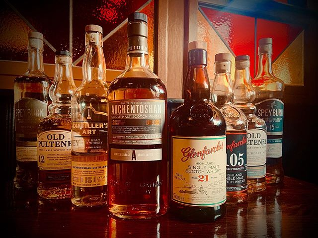 Hello September! Are you ready to FALL in love with 19th Century Distilleries? We are! Join us @highlanderpubottawa on Sunday September 8th at 2pm for this amazing eight bottle whisky tasting!  hosted by the one & only Dave Sharp! 🏴󠁧󠁢󠁳󠁣󠁴󠁿 🥃 Only $70 per person - RSVP today (hit the link in our profile ☝️ for all the details & RSVP form!) Slàinte 🥃 🥃 🏴󠁧󠁢󠁳󠁣󠁴󠁿 🥃 @glenfarclasdistillery @glenfarclaswhisky @speyburn_whisky @auchentoshan @oldpulteneymalt 🥃 🥃 #highlanderpubottawa #ottawafoodies #ottawaevents #whiskytasting #ottawarestaurants #downtownrideau #613ottawa 🏴󠁧󠁢󠁳󠁣󠁴󠁿