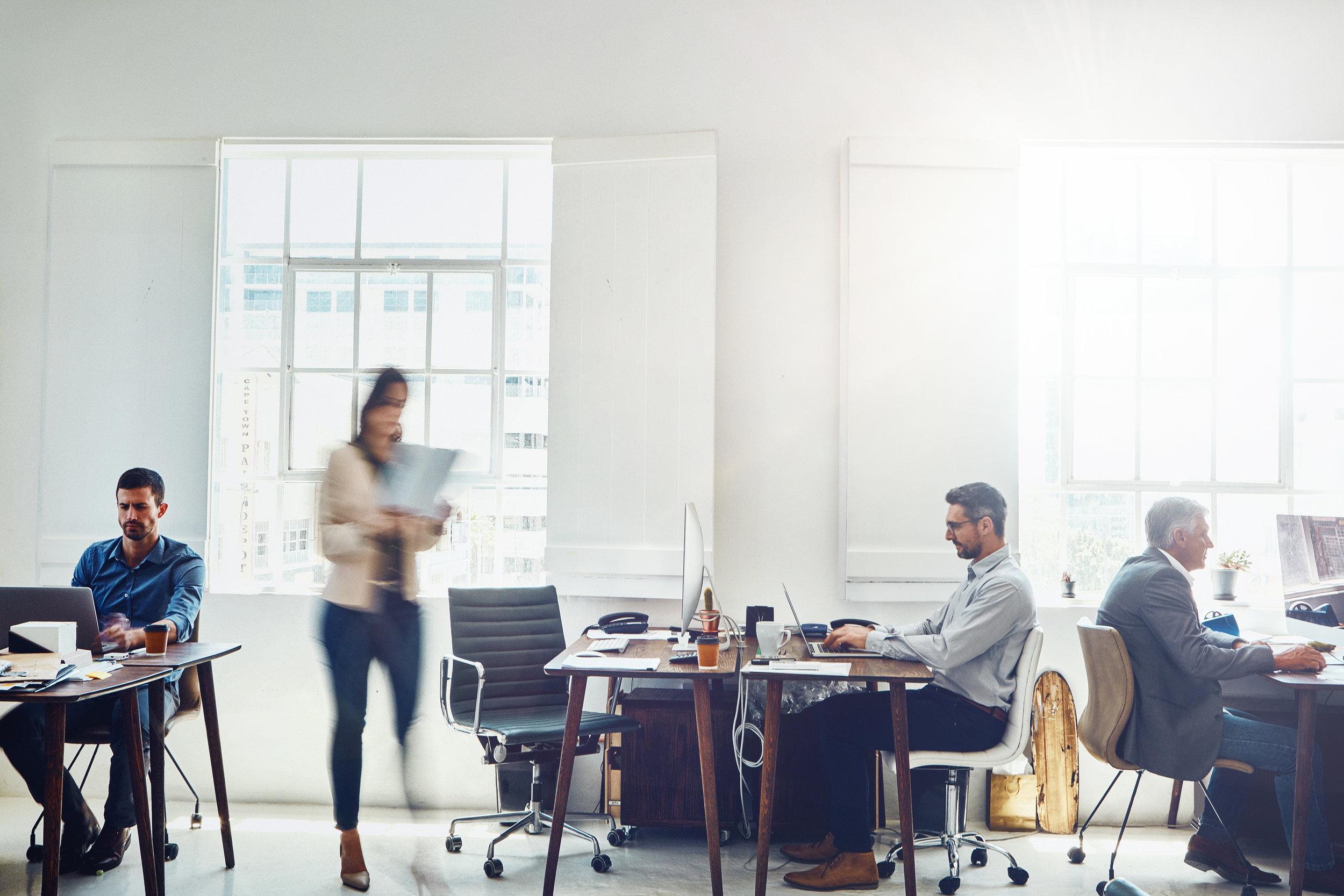 Uppstartsinvestering - Förutom er som har en etablerad verksamhet vill vi komma i kontakt med dig som är anställd inom ett bristyrke idag - men som som inte kan ta uppstartskostnaden av en verksamhet själv. Exempel på din yrkesbakgrund kan vara ingenjör, VVS-tekniker, programmerare, vårdpersonal eller annat bristyrke. Om du matchar denna beskrivning och vill kunna växla upp ditt företag snabbt tillsammans med oss - ta kontakt!