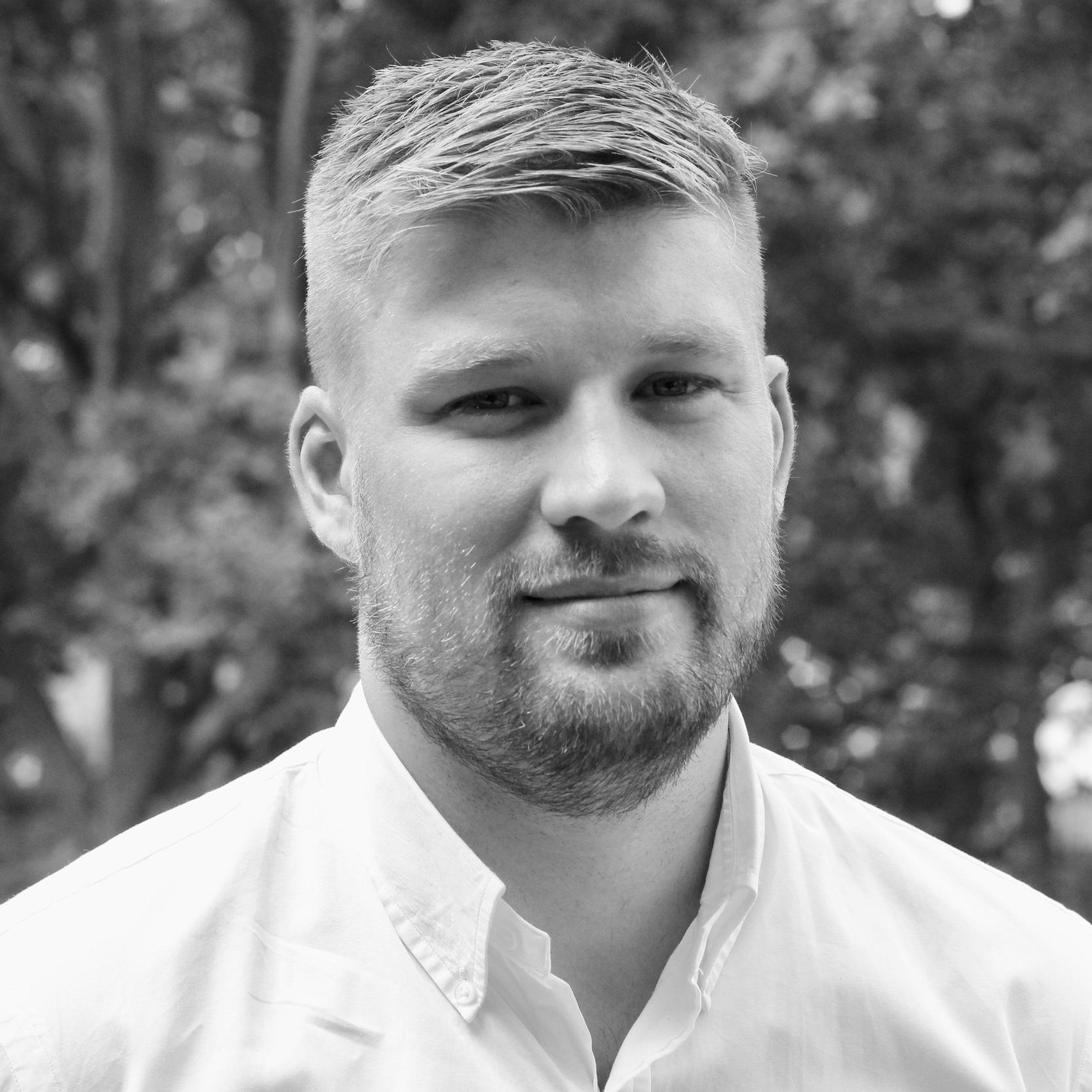 Mathias Rørbæk Vinter  Project Coordinator  mavi@letsholo.com   LinkedIn
