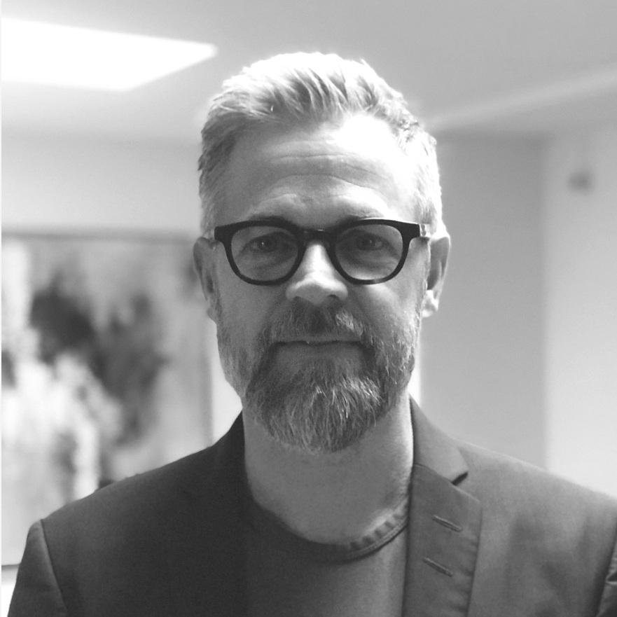 Jesper Baunkjær  Operator  jeba@letsholo.com   LinkedIn