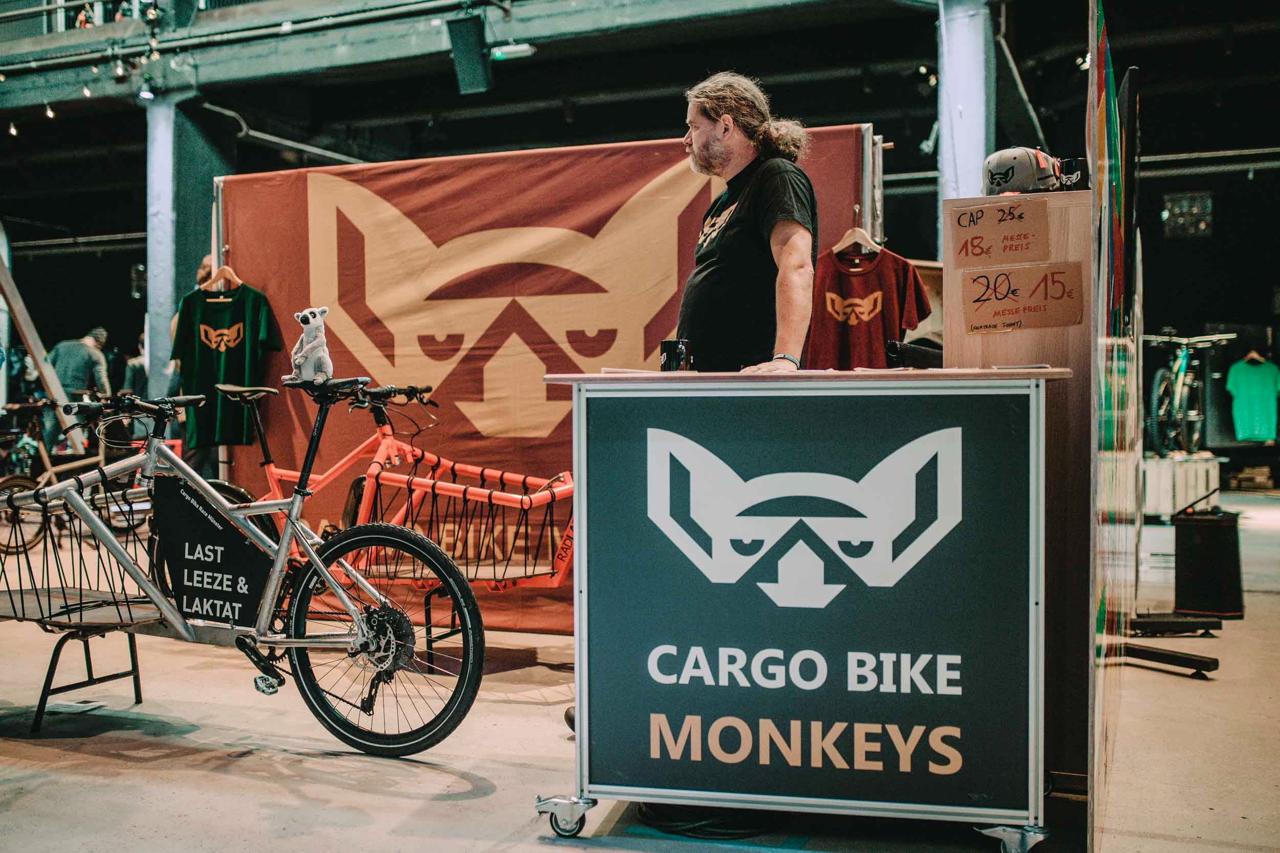 CARGO BIKE MONKEYS