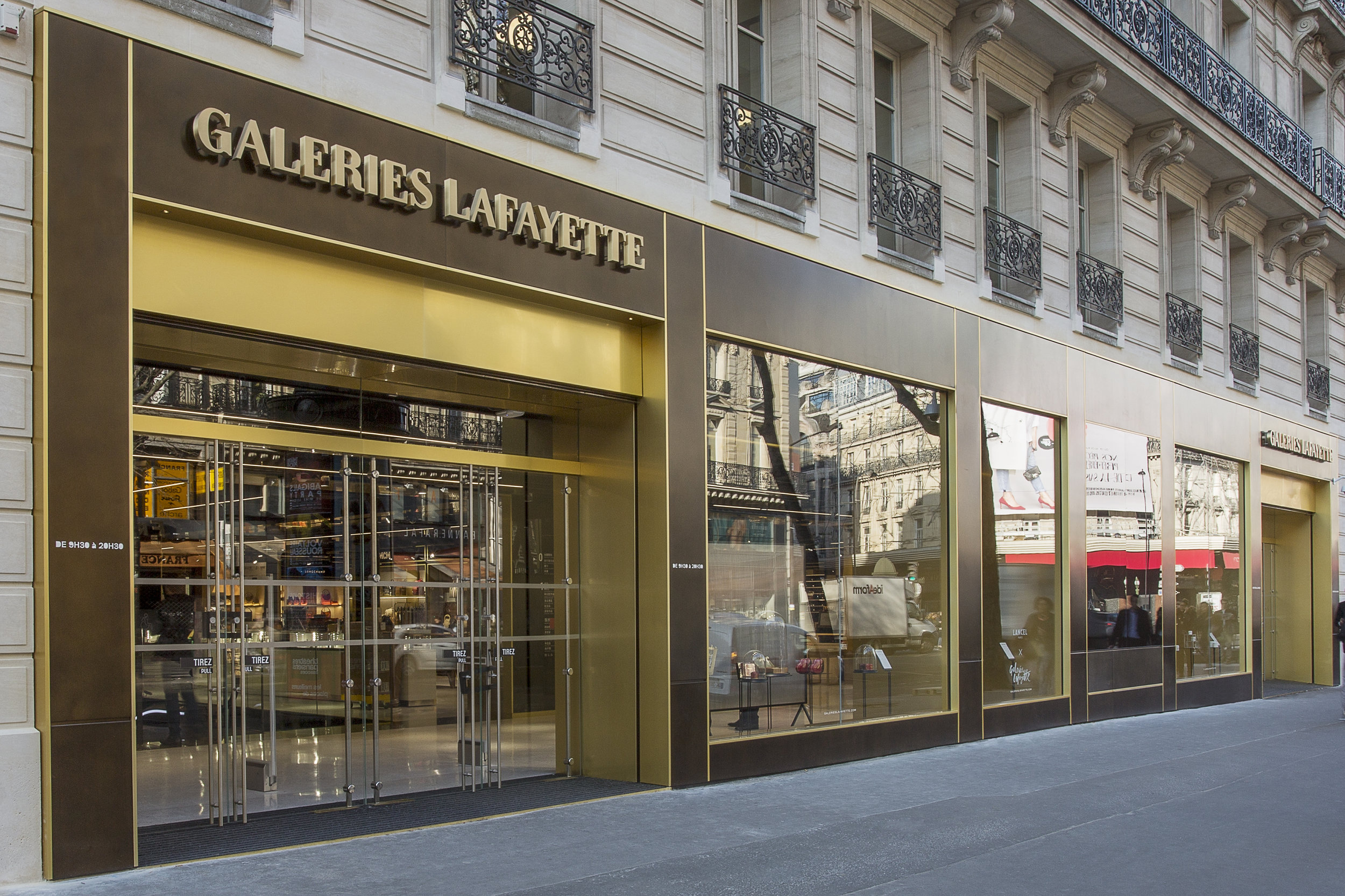 Galeries Lafayette Shopping and Welcome center