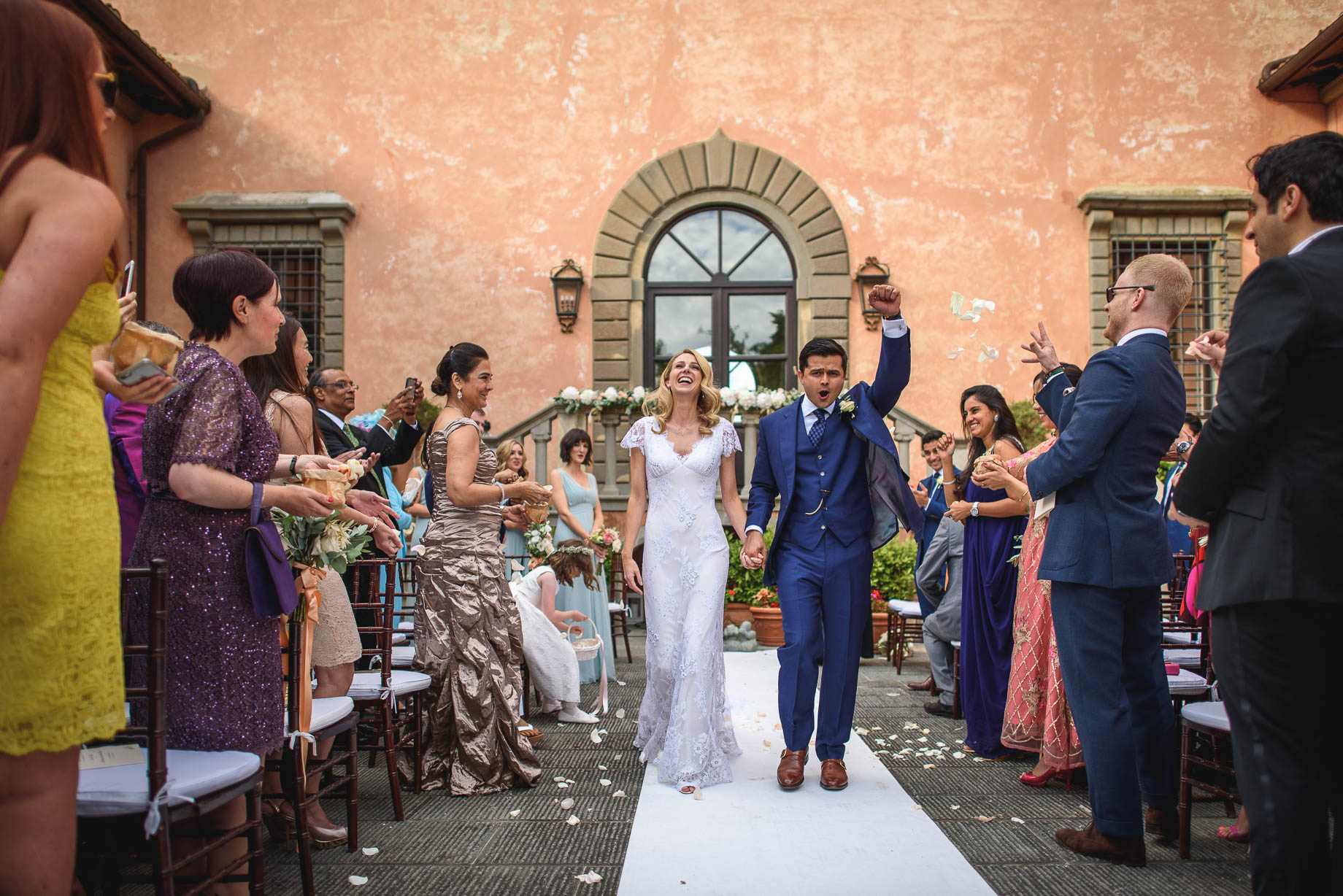 Tuscany-wedding-photography-Roisin-and-Moubin-Guy-Collier-Photography-113-of-251.jpg