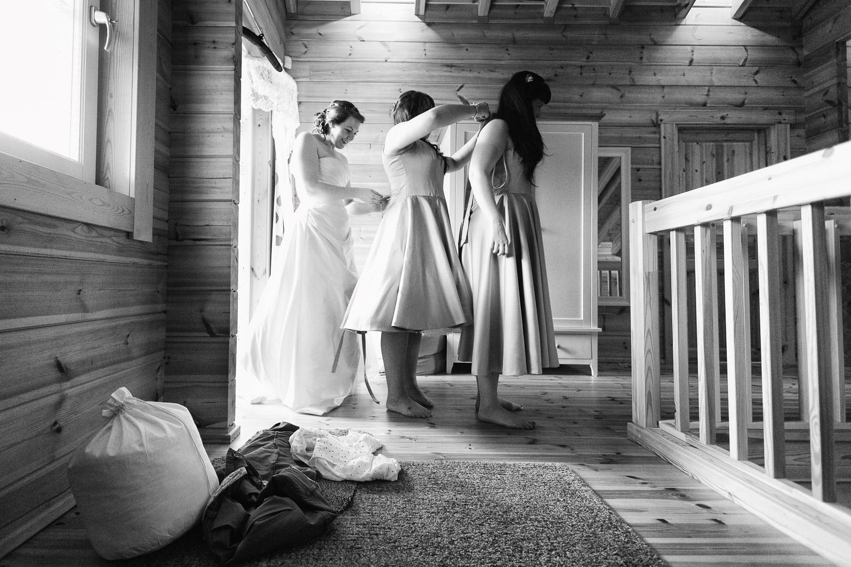 Documentary wedding photography bridal prep