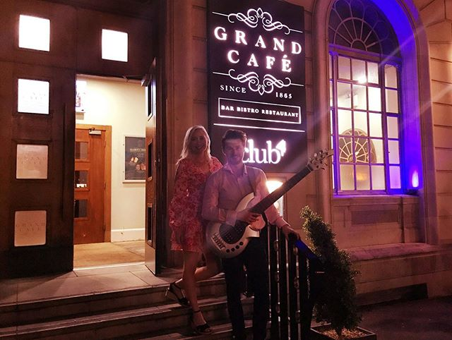 Southampton Boat show 🛥 // Thanks for having us on Sunday night @grandcafesouthampton 🎶 it was a pleasure to play in such a beautiful venue for some lovely guests 💙🌊 ____________________________ #southampton #grandcafe #boatshow #livemusic #southamptonboatshow #musicians #sunday #gigs #keystoneduouk