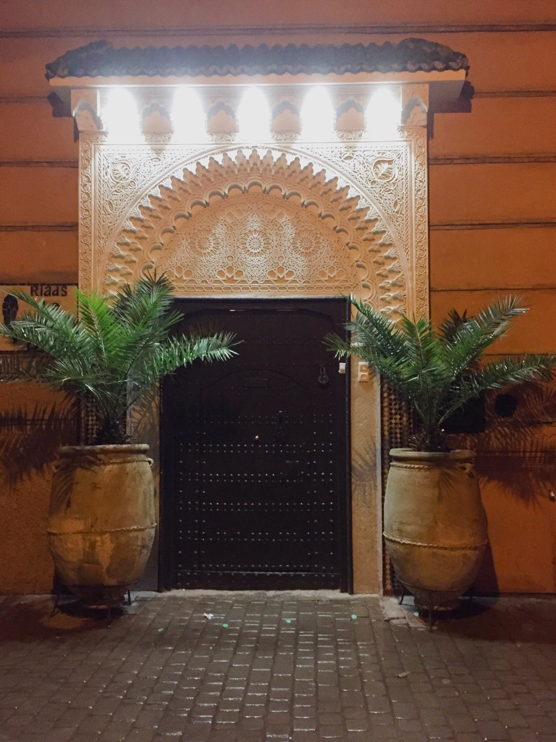 Riad le Perroquet Bleu, Marrakech, Morocco. Passion and Peace guide to the souks of Marrakech #travel #travelguide #Morocco