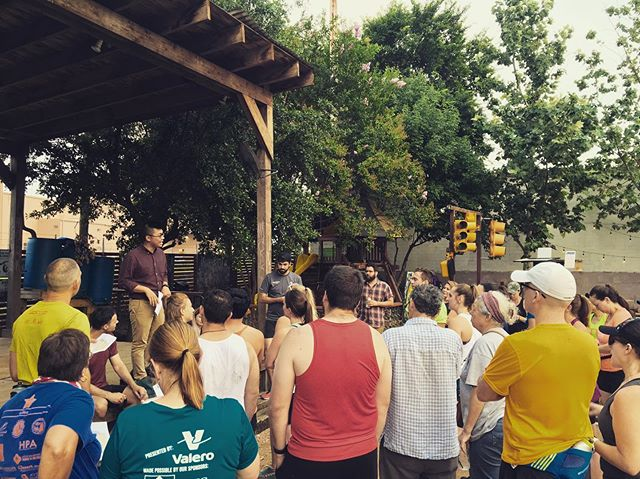 Historic Run Crew is an opportunity to learn about your San Antonio! We run through historic districts and end with a treat at a bar. @fleetfeetsa