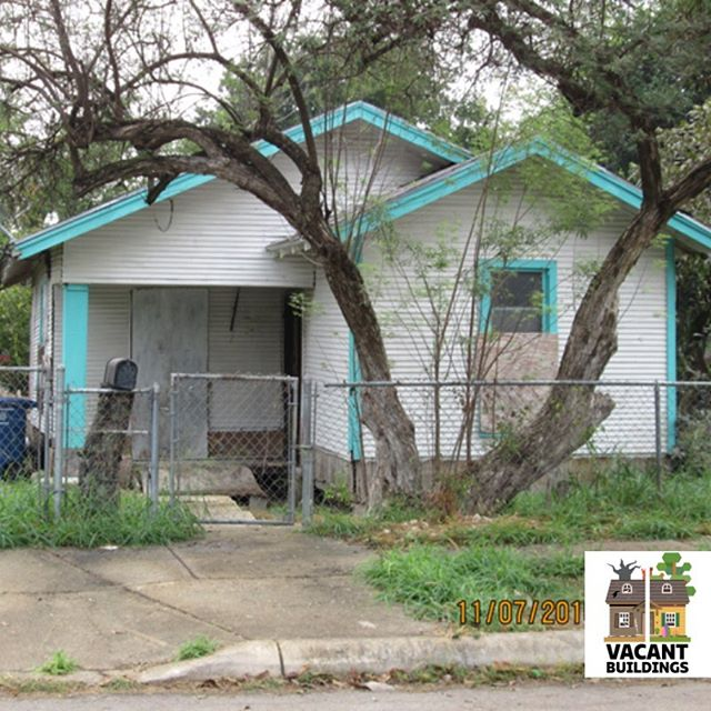 #beforeandafter: Another successful #rehab on the Westside!  #prettyinpeach #peachykeen #VacantBuildingsProgram #sapreservation #successstory