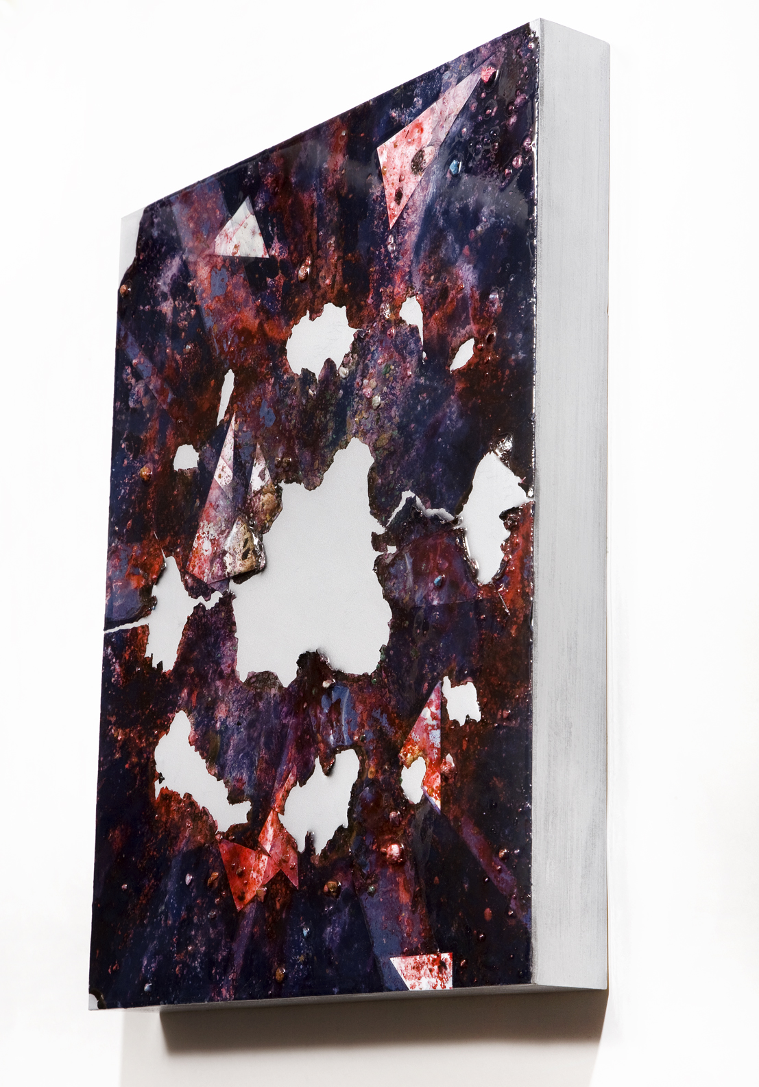 """SERIE I, Untitled SIDE VIEW, (navy/silver), photographs, photo background paper, chalk, spray paint, packing tape, powder drink, glue, epoxy resin on wood panel, 16""""x20""""x2"""", 2018"""