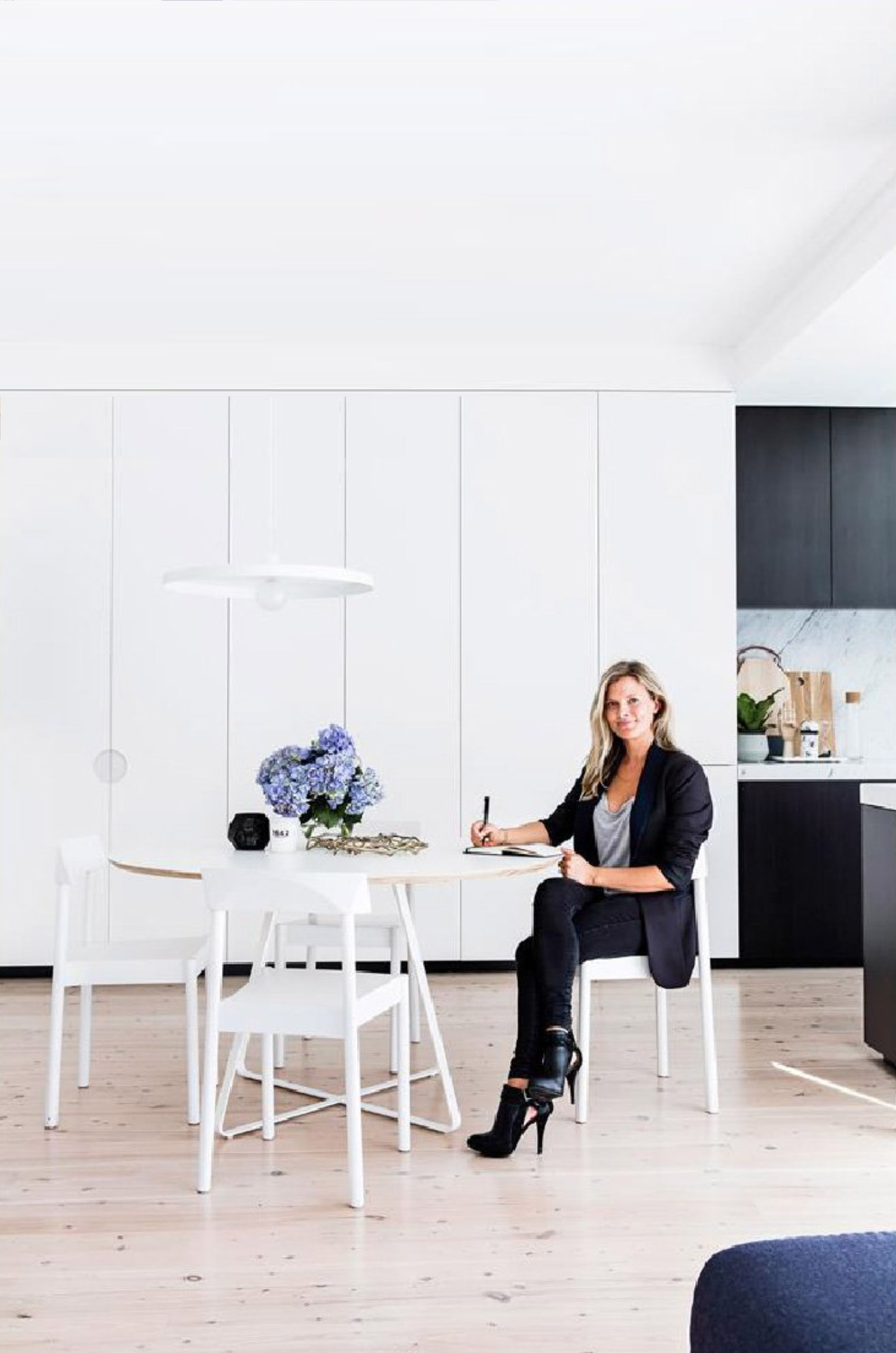 Home Styling by Kerrie-Ann Jones Interior Stylist Sydney & Melbourne.  Interior Styling.  Real Living Magazine, Inside Out, Vogue Living, House & Garden, Homes to Love, Belle Magazine.  Style Editor, Freelance Magazine Stylist.  #kitchen #homeinspiration #interiors