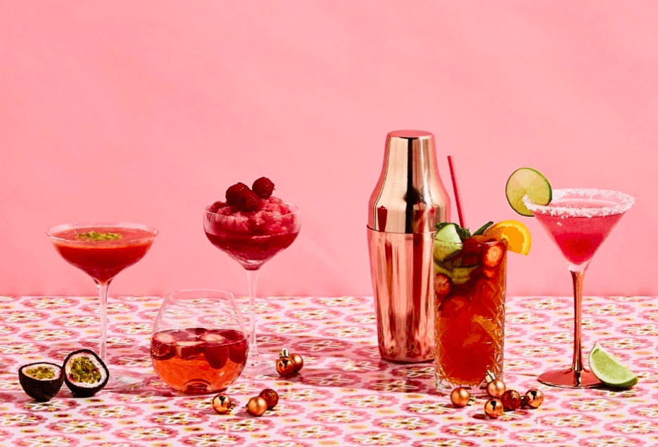 Food Styling by Kerrie-Ann Jones Interior Stylist Sydney & Melbourne.  Style Editor, Freelance Stylist.  Content Creator Sydney.  Food Stylist & Flatlay Stylist.  #foodstyling #tableinspiration #cocktails