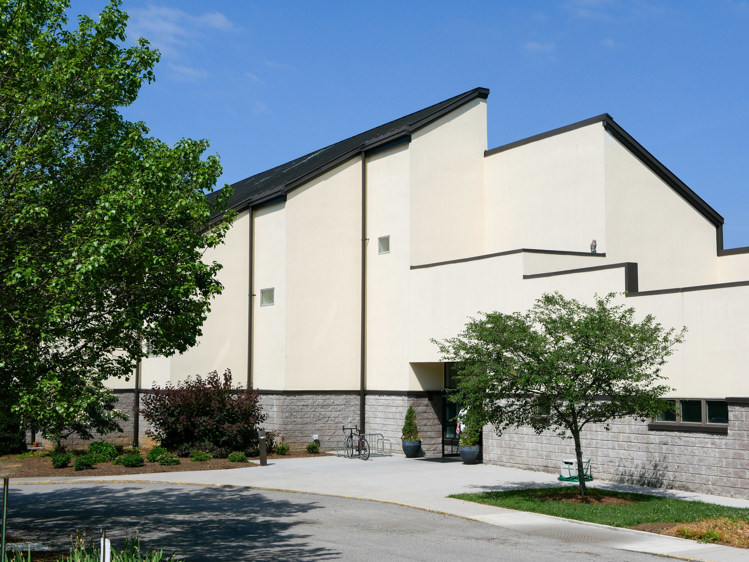 a faithful community dreams… - blacksburg united methodist church bought our home, the christian life center, in 2010, with wide-open hope for the future, and no definite plans for how to use the space. they trusted that the purchase would allow God to do a new thing - edges!