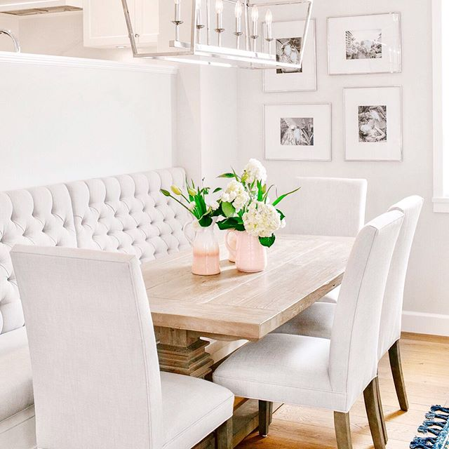 What was once a tight and uninviting  space, has become the most cozy, comfy nook for settling into an evening of eats, and lingering conversation. Banquette to the space saving rescue! . . .  #westtwentyeighthproject #diningroom #banquetteseating #tuftedbanquette #northvsncouverrenovations #interiordesign #custombanquette #renovation @restoration.hardware @transglobelighting @kiaporterphoto 📷