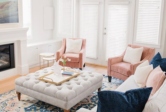 Often, 💸 needs to recuperate after a large renovation before feeling like you can splurge on furnishings ...but when we get to be involved from concept to full completion, we are thrilled! This room feels like sunshine on a rainy day. This color combo set off by this amazing Kasuri rug by @magnolia is superb. . . . #westtwentyeighthproject #renovations #interiordesign #northvancouverrenovations @vangogh_designs @magnolia @samsungcanada @zarahome