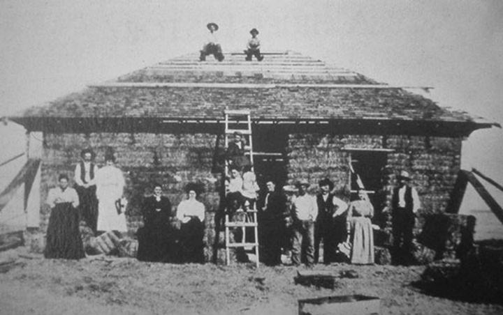 Straw Bale Simonton House, Purdum Nebraska , 1908