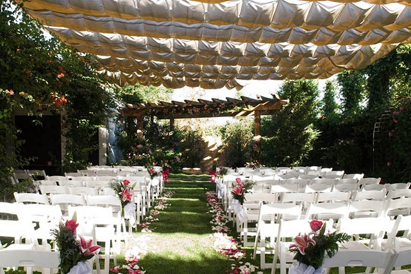 EQ-Ballroom-Garden-Wedding-960x548.jpg