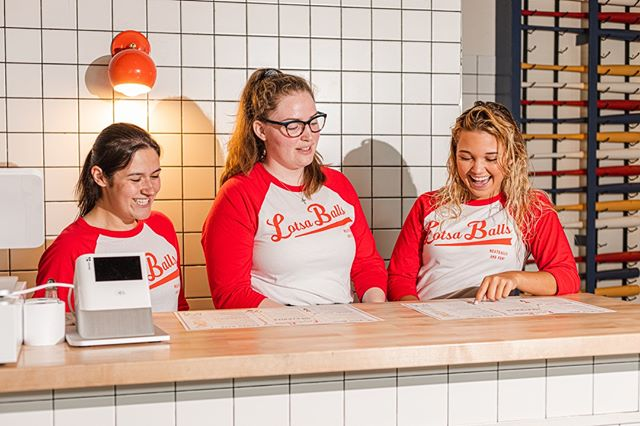 Know someone looking for a job? Lotsa Balls is now looking for enthusiastic, fun spirited and friendly employees. Apply today on LotsaBalls.com, or tag that friend or family member who might be interested below!