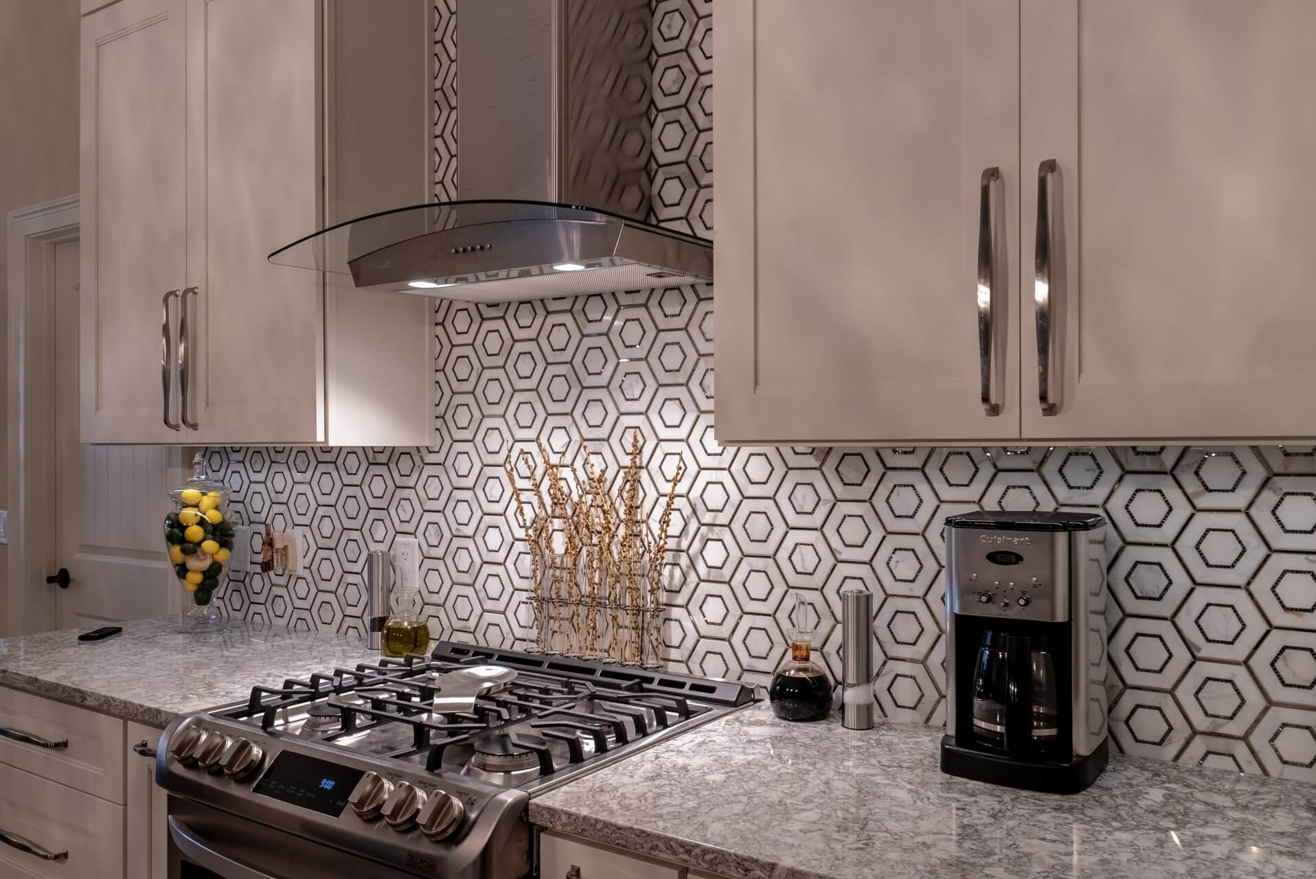 Hexagonal-tile-backsplash-and-Cambria-quartz-countertops-in-Berwyn-1916x1280.jpg