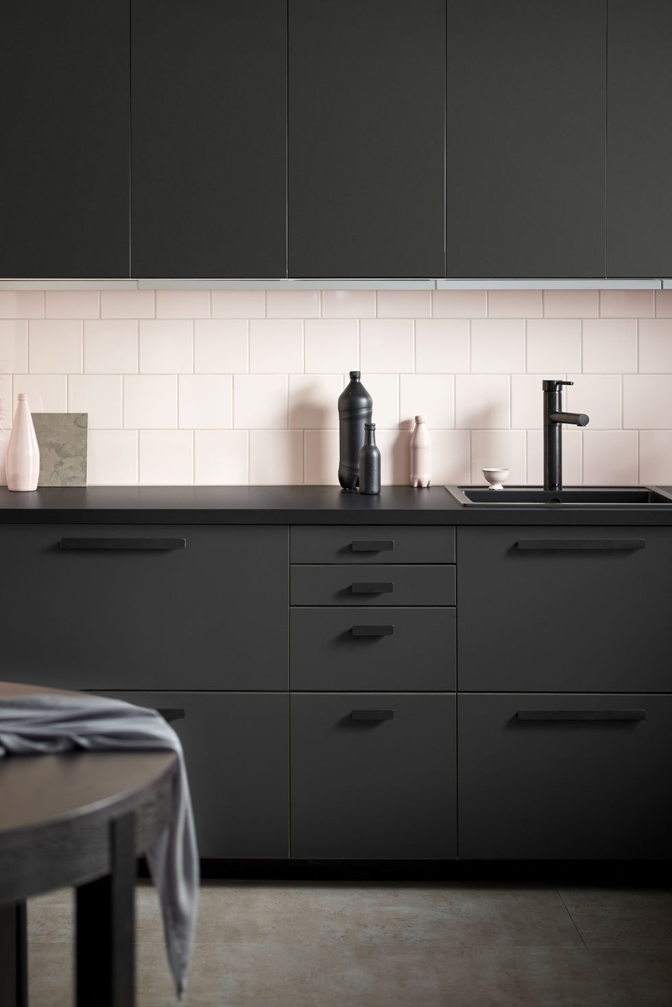 Modern and Striking Black Cabinets
