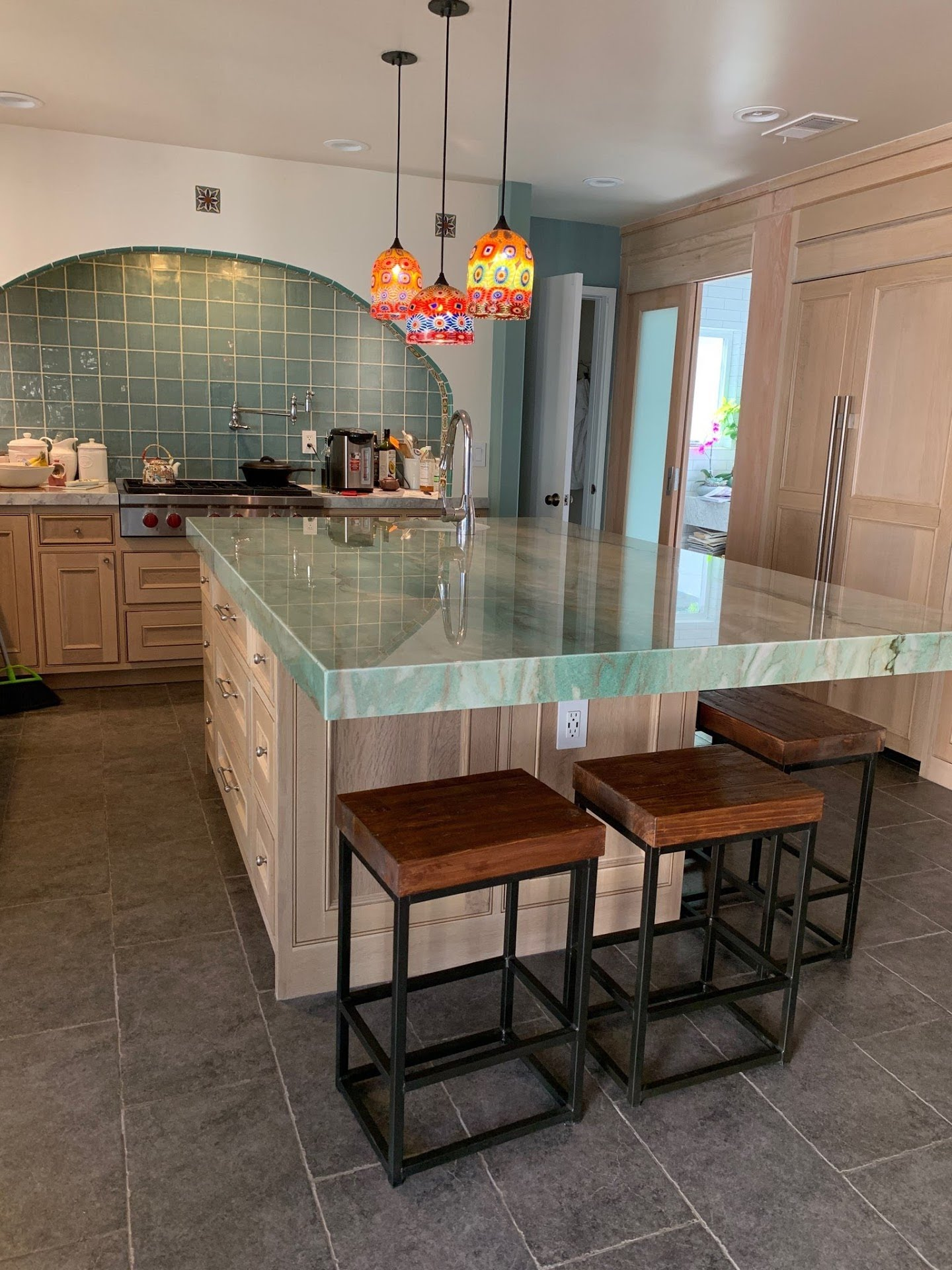 Summer Breeze Quartzite used for the Island is Naturally Bold and Beautiful