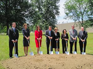 From left: Willard Plant Manager Rick Sheppard, HCDC Executive Director Carol Knapp, Team NEO Christine Nelson, Ohio Governor John Kasich, Campbell Soup President & CEO Denise Morrison, Pepperidge Farm President Irene Britt, Willard City Manager Brian Humphress, and JobsOhio Managing Director David Mustine.