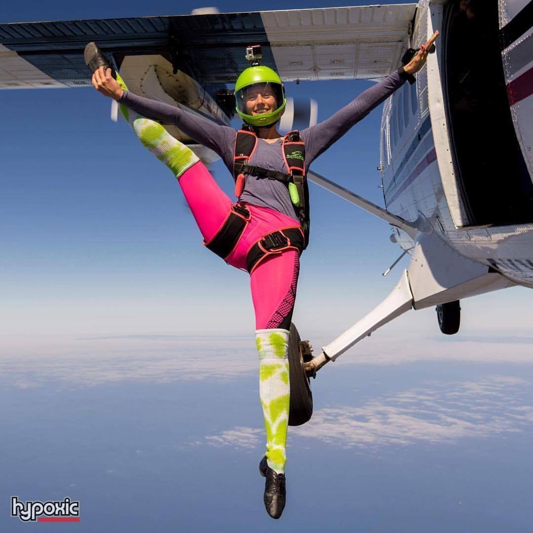 Julie Klienwort-Belly & Fun   Julie will be bringing fun to the fun jumps. Organizing the obscure skydives like hula hoop jumps, Mr. potato head and PMS barbie. As well as FF and FS for jumpers of all skill levels.