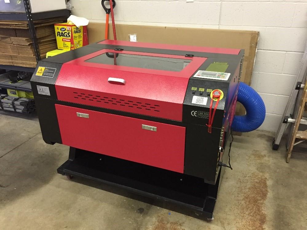 Figure 1: KH-7050 Laser