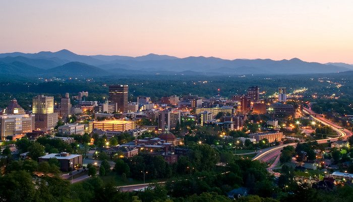 Asheville_beautiful_mountains.jpg