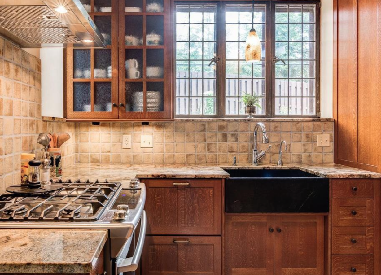 lakeview-park-kitchen-in-asheville-nc.png