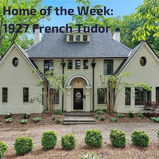 Newsletter is out! 1927 French Tudor Home for Sale in Biltmore Forest; Building with Tstuds; Decorating Your Hallways; Samsel Architects' Home in the NC Mountains. 🔗 in profile @buildwnc.⠀ .⠀ .⠀ #AVL #homebuilders #buildwnc